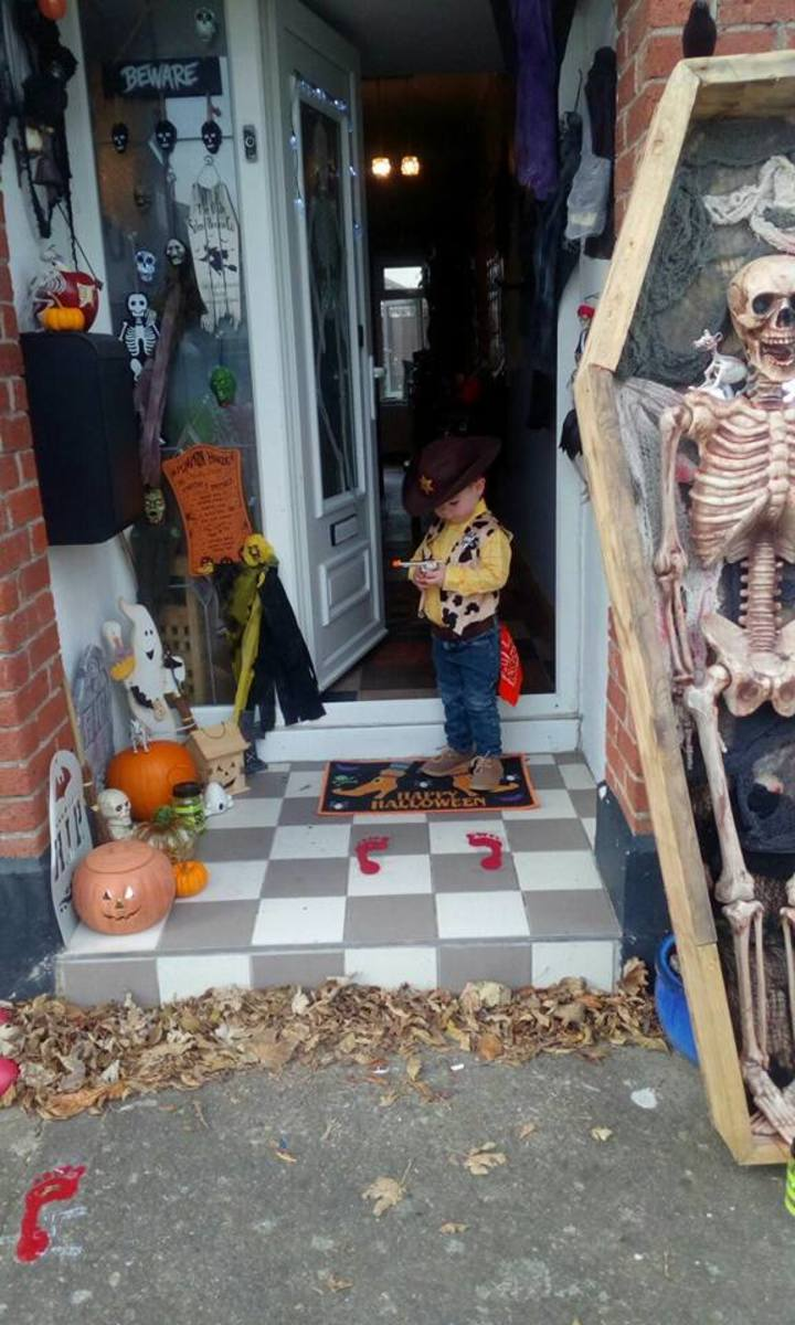 Learn how to make a Woody Halloween Costume.