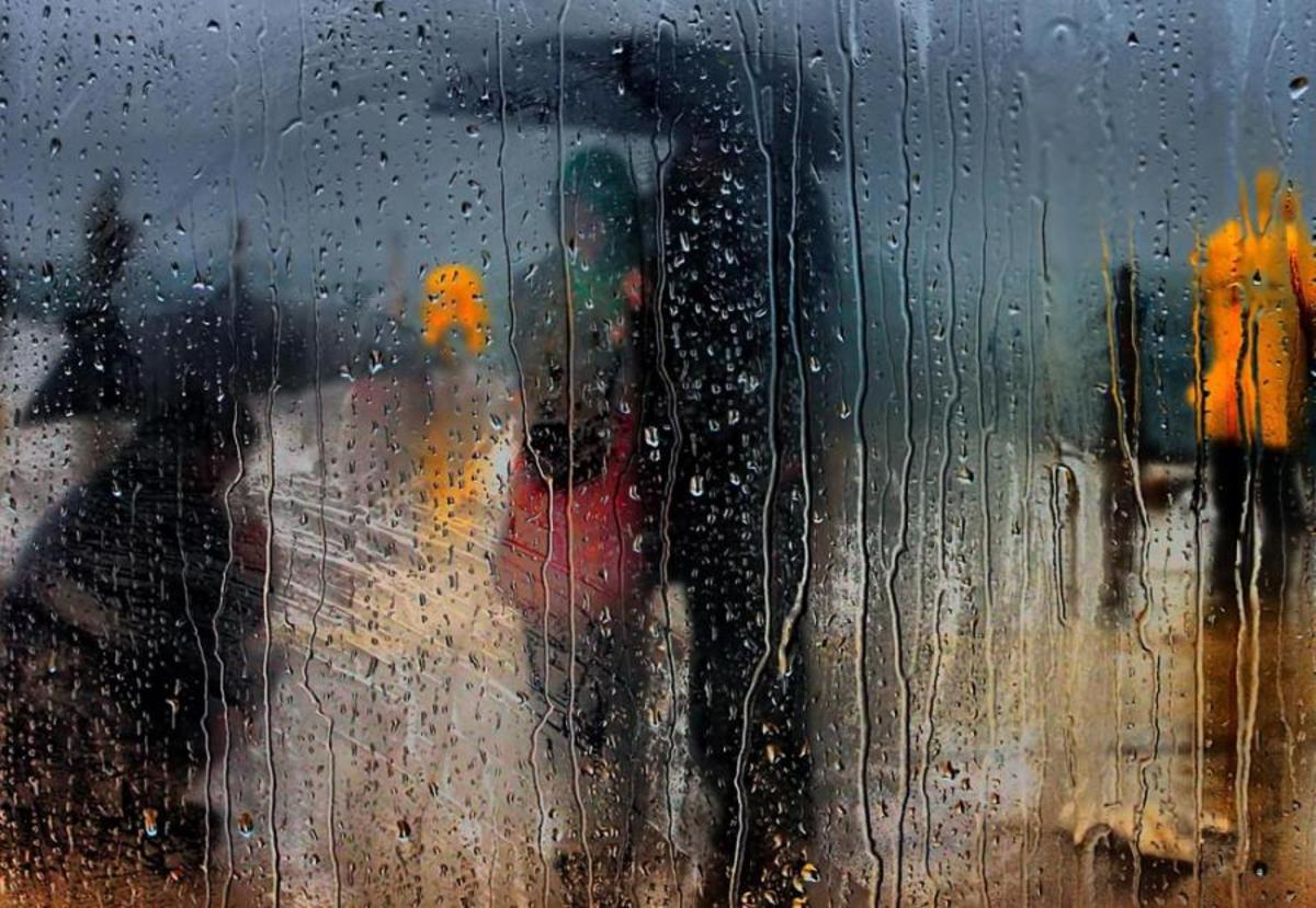7 Haiku Poems about Falling Raindrops;Tear Drops of Sorrows