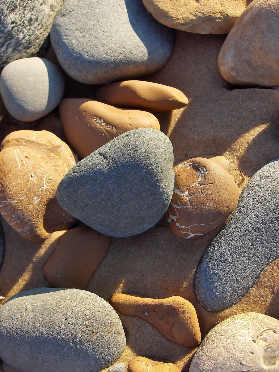 Beach Stones and Sand Formations: A  Michigan Rock Hound's Pictorial Paradise