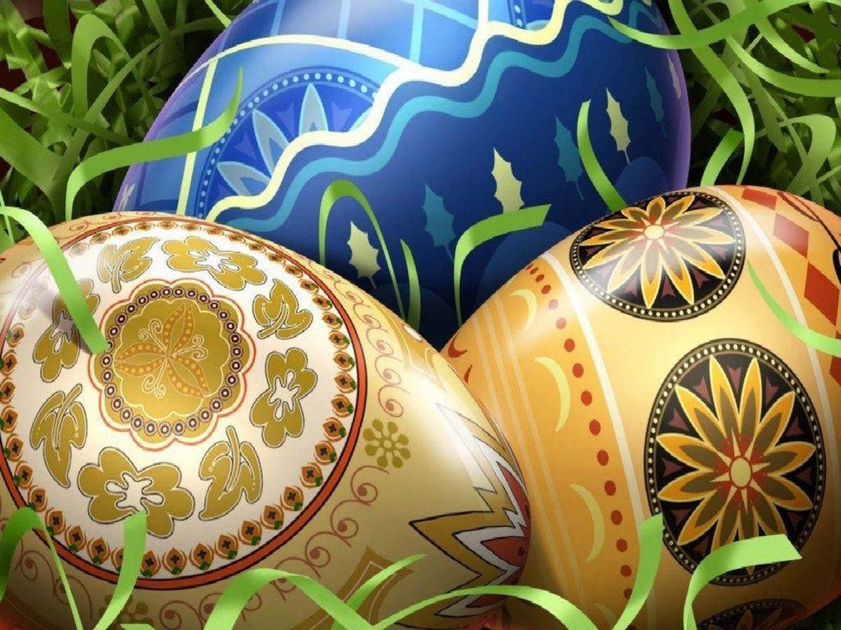 Fabulous gilded eggs from fwallpapers.net