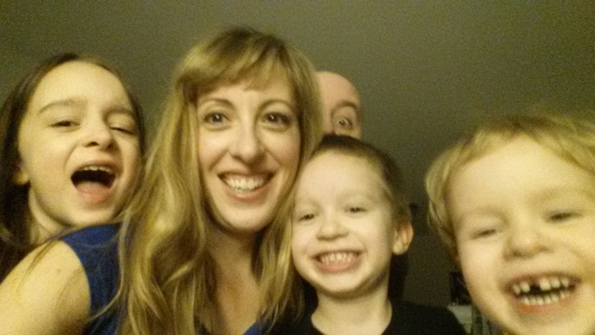 Confessions of a Stay-at-Home Mom in Canada: Making Money is not Easy