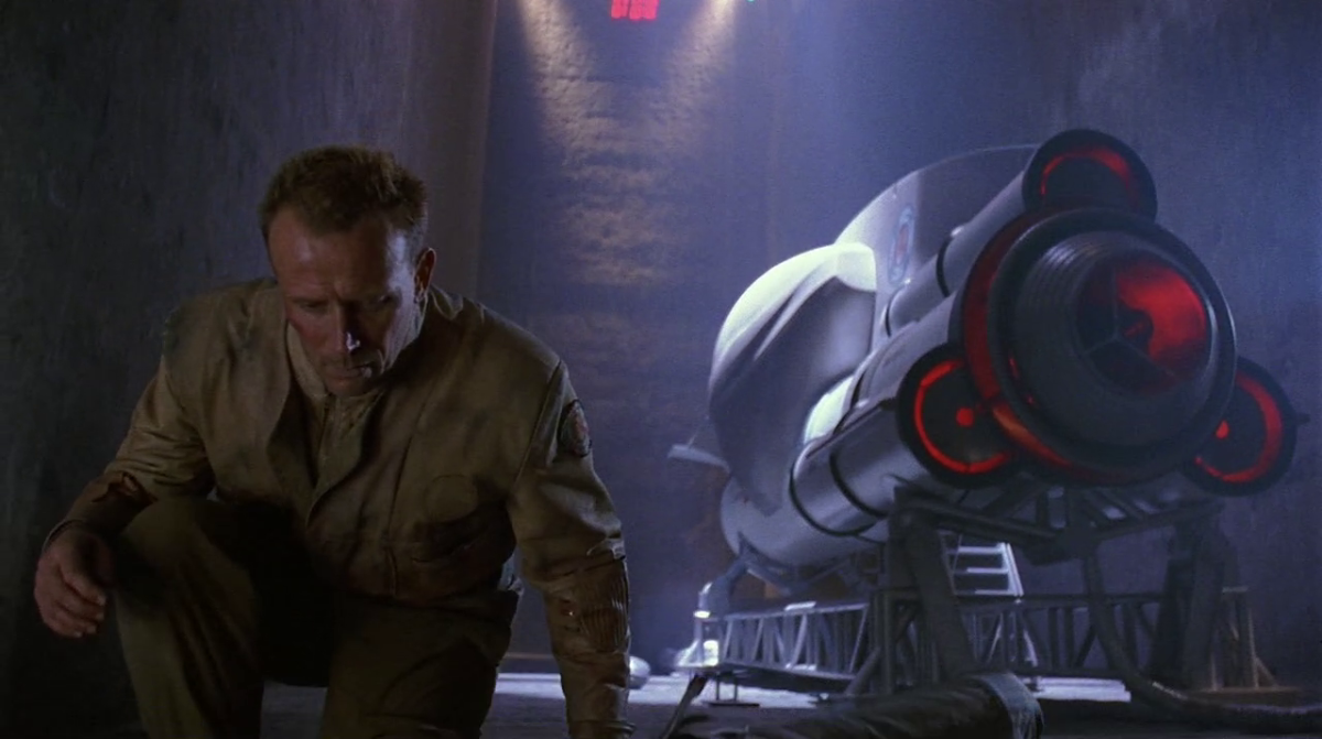 'Screamers' (1995) - Sci-Fi Movie Review
