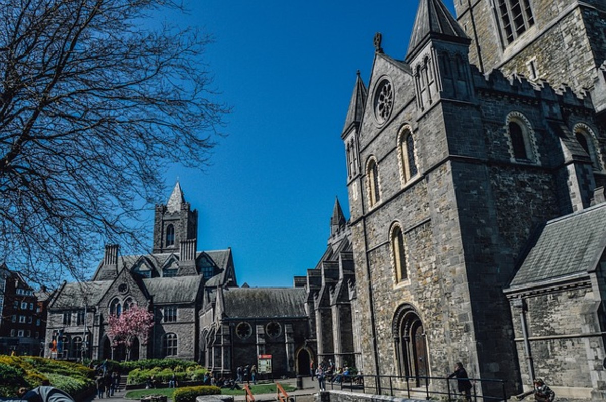 6 Places to Visit on a Dublin History Tour
