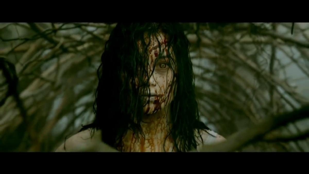 evil-dead-2013-review-hardcore-drugs-as-deadites