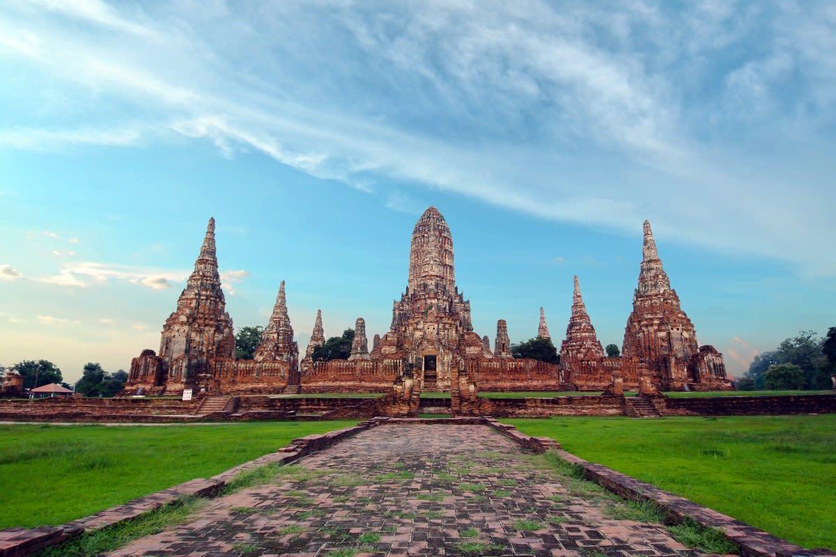 Visit Ayutthaya Historical Park, Thailand