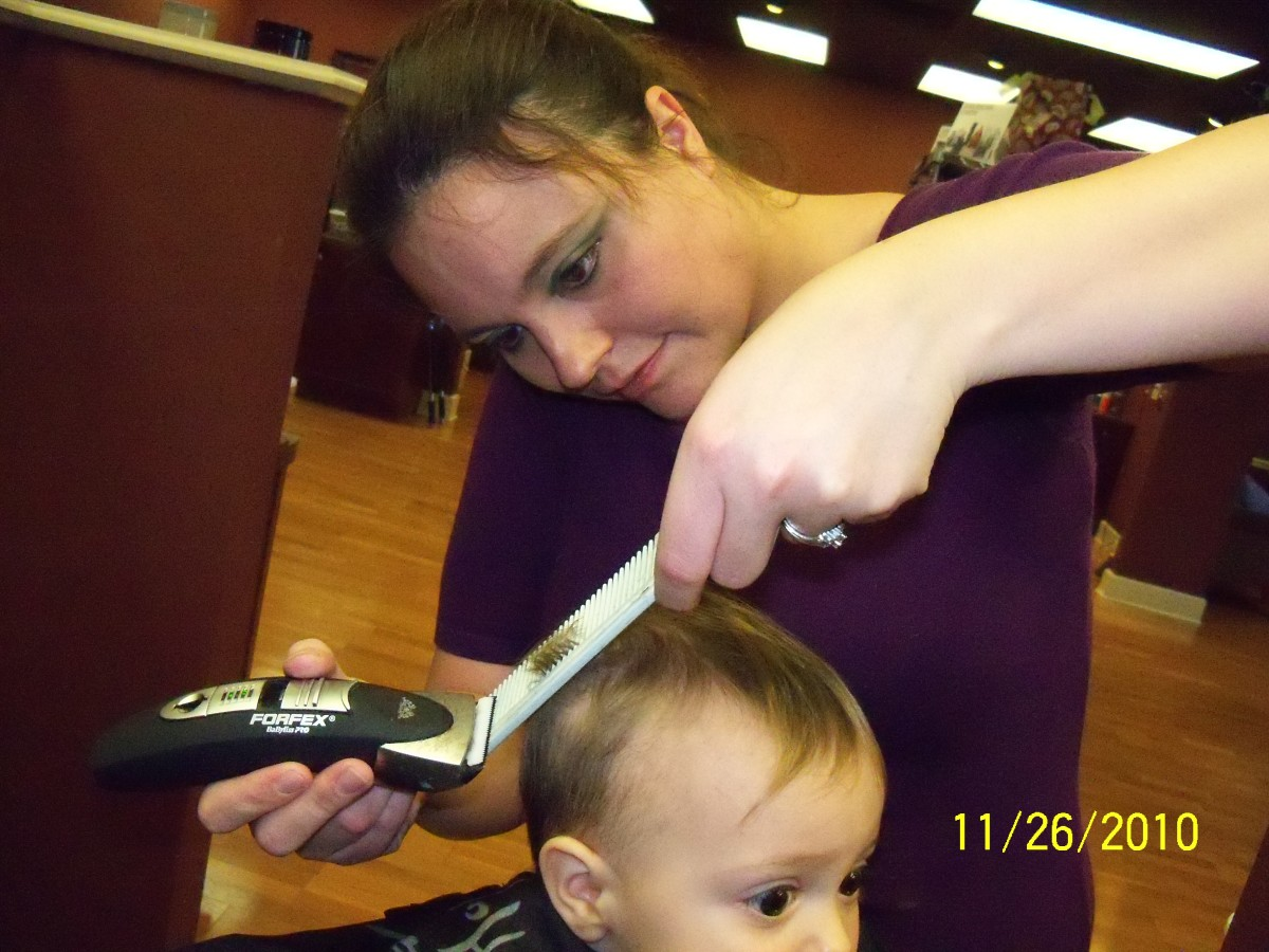 When you prepare for a child's haircut, the experience can go smoothly.