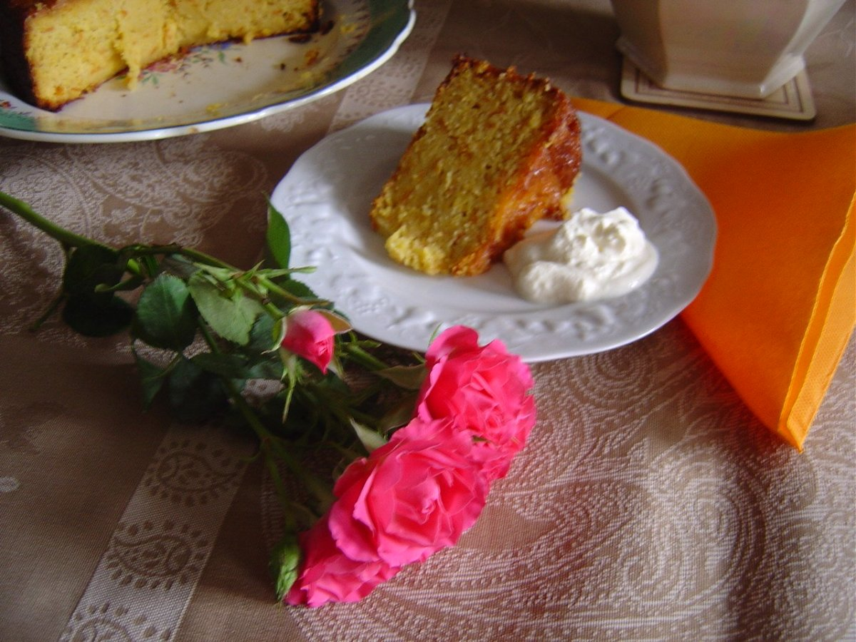 This may be  gluten free cake recipe, but it is the most deliciously, moist almond and orange cake as well!