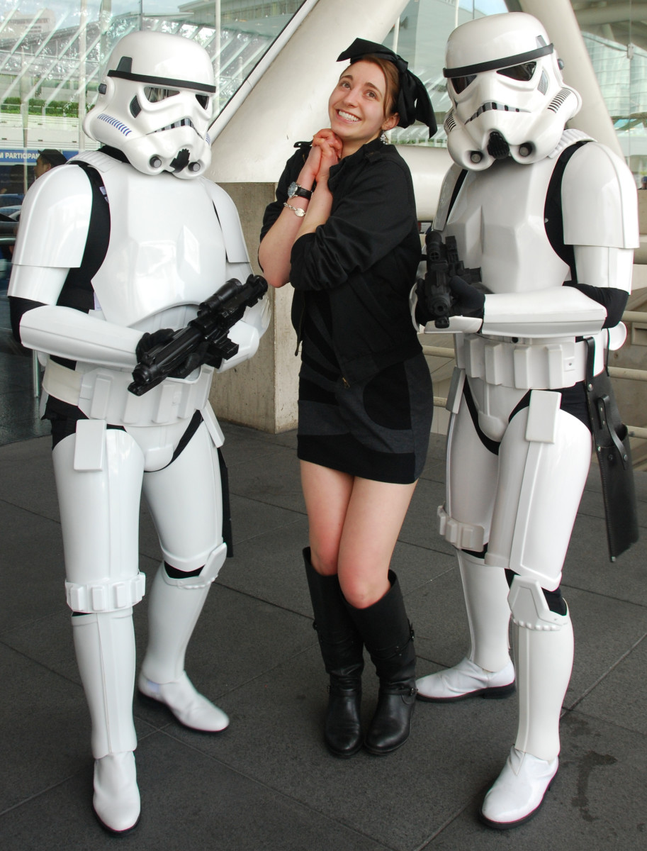 6 Reasons to Date a Guy in a Stormtrooper Suit