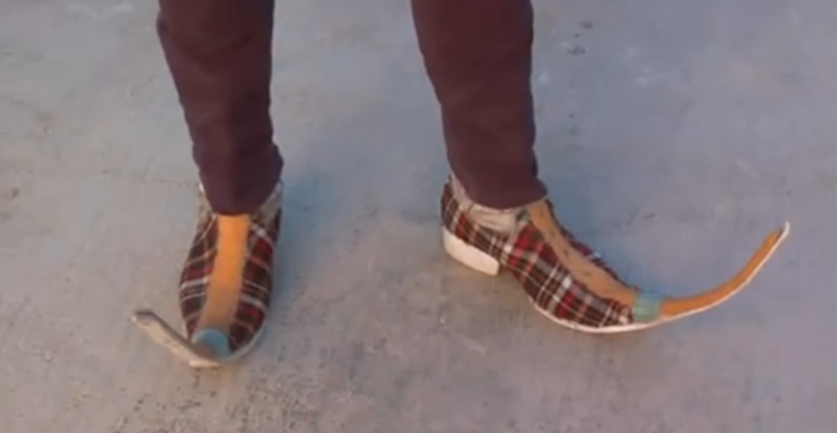 Mexican Shoes With Long Toes