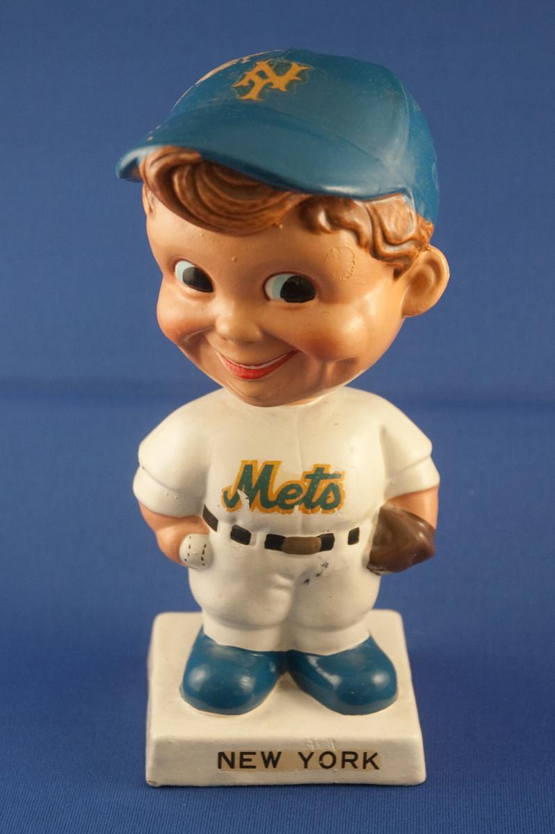 Vintage 1962 Mets bobblehead doll