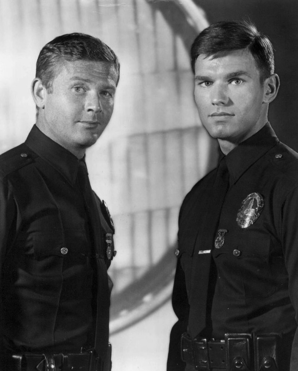 Martin Milner as Malloy and Kent McCord as Reed from Adam-12.
