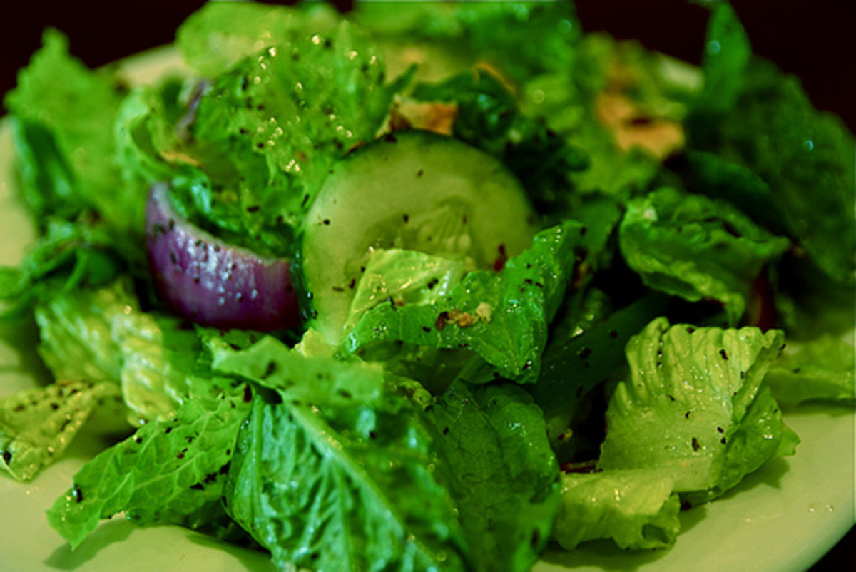 10 Easy Salad Dressings