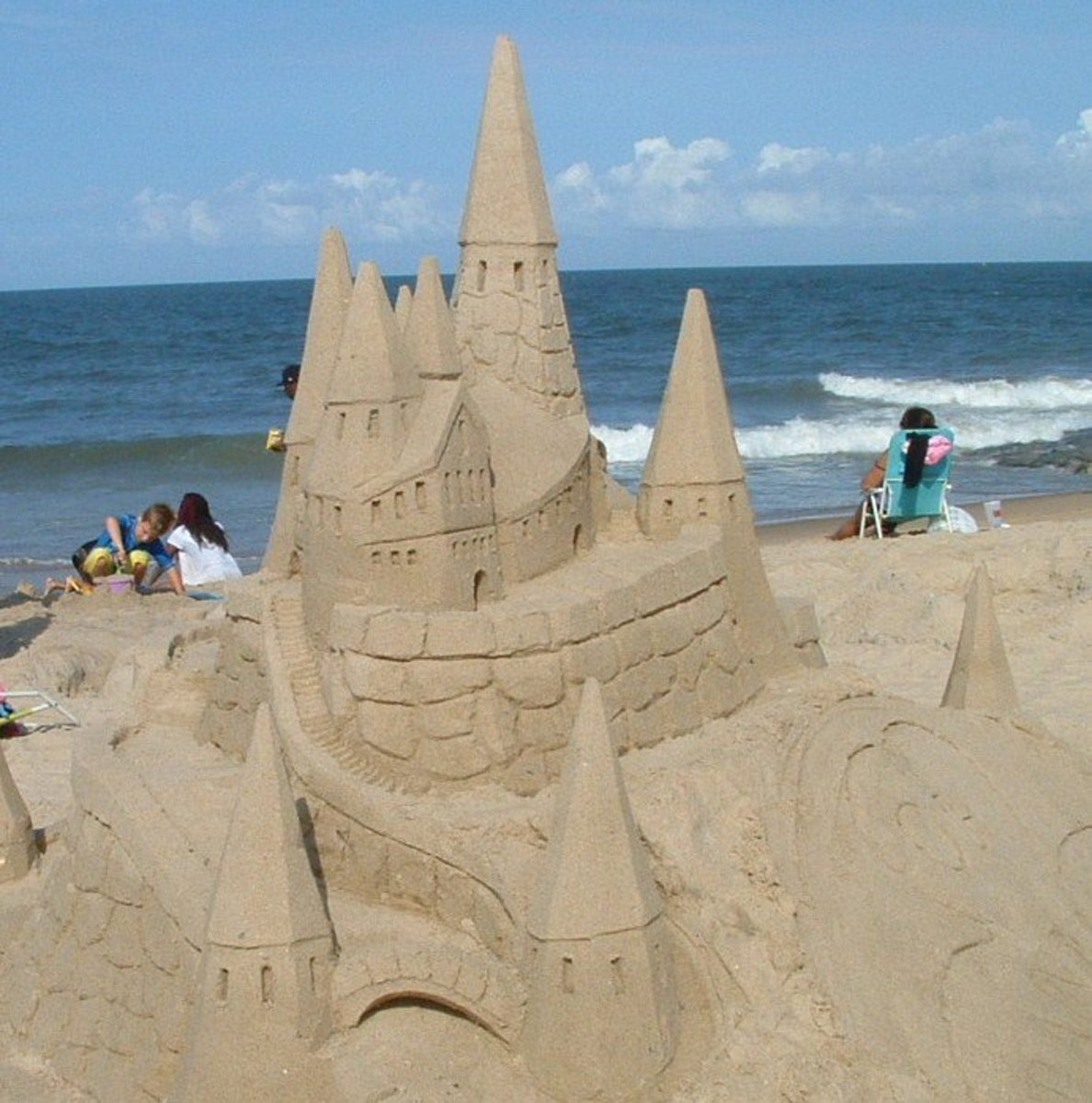Building Sand Castles : How to build sand castles sculptures with kids wehavekids