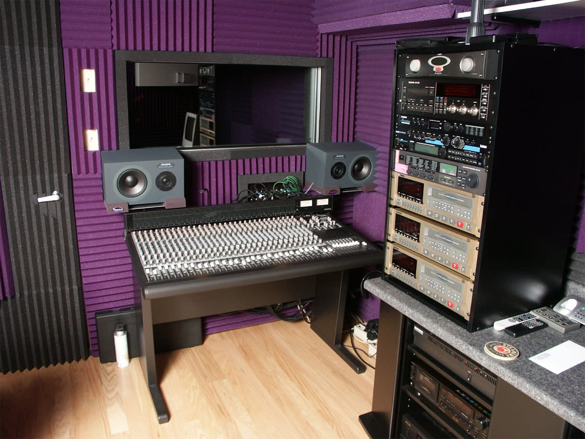 An example of a simple recording studio that you can set up in your home, garage, basement, or large shed.