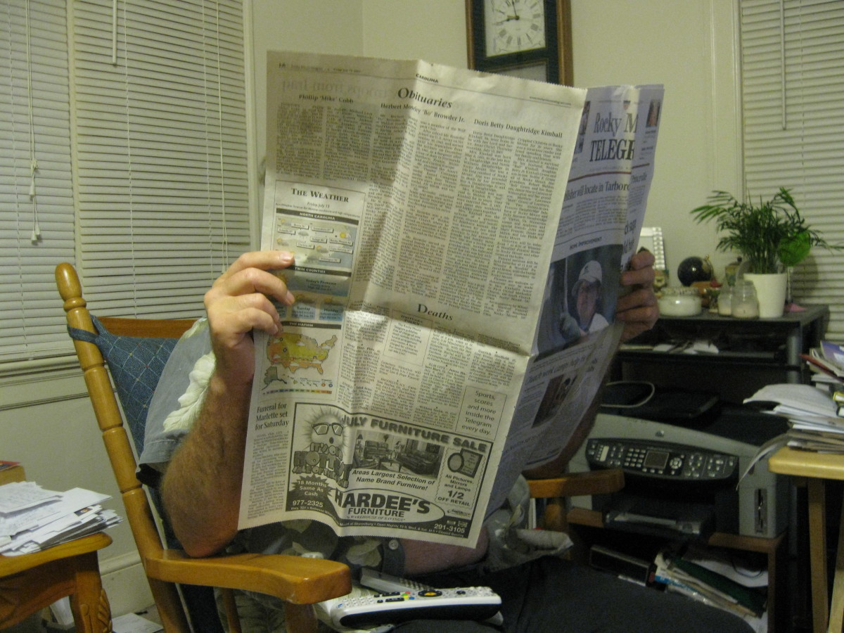 Newspapers can aid in a job search