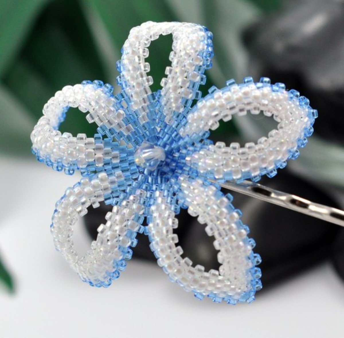 Bead-Woven Flowers: Jewelry Projects, Parts, and Patterns