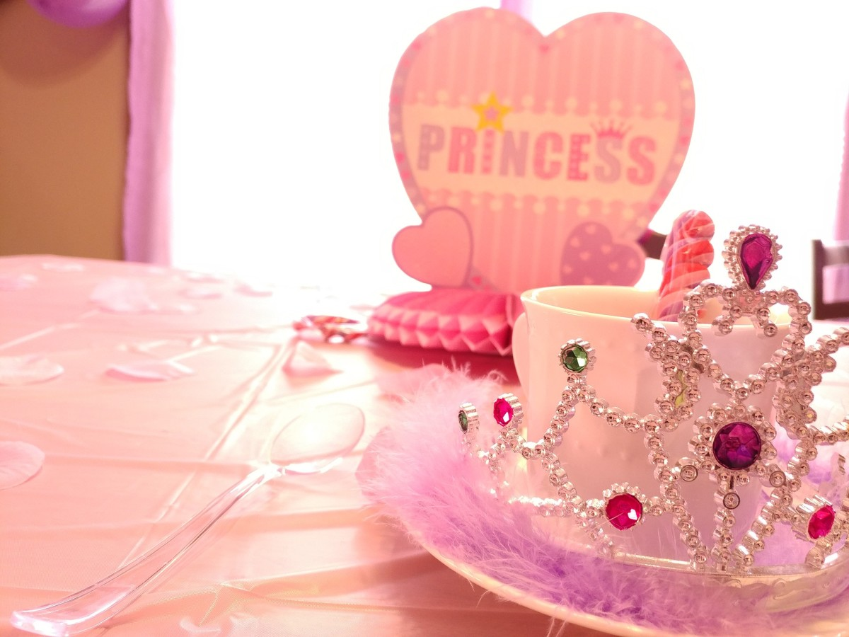 my-sister-thinks-shes-a-fairy-princess-but-believe-me-shes-not