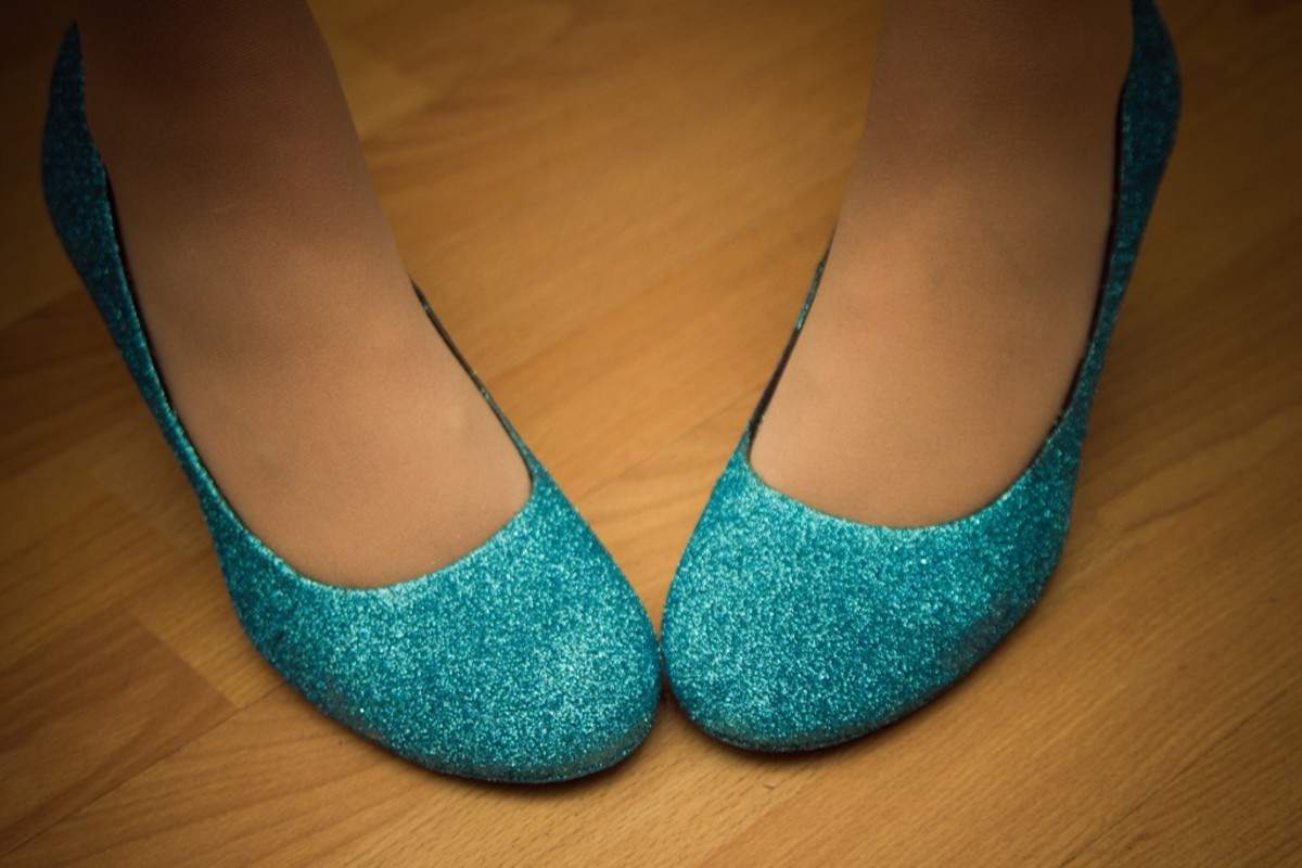 DIY Blue glitter heels for my wedding day