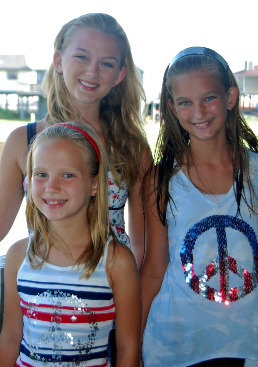 The girls were 15, 12 and 7 here on the Fourth of July.  They are 24, 21 and 17 today.
