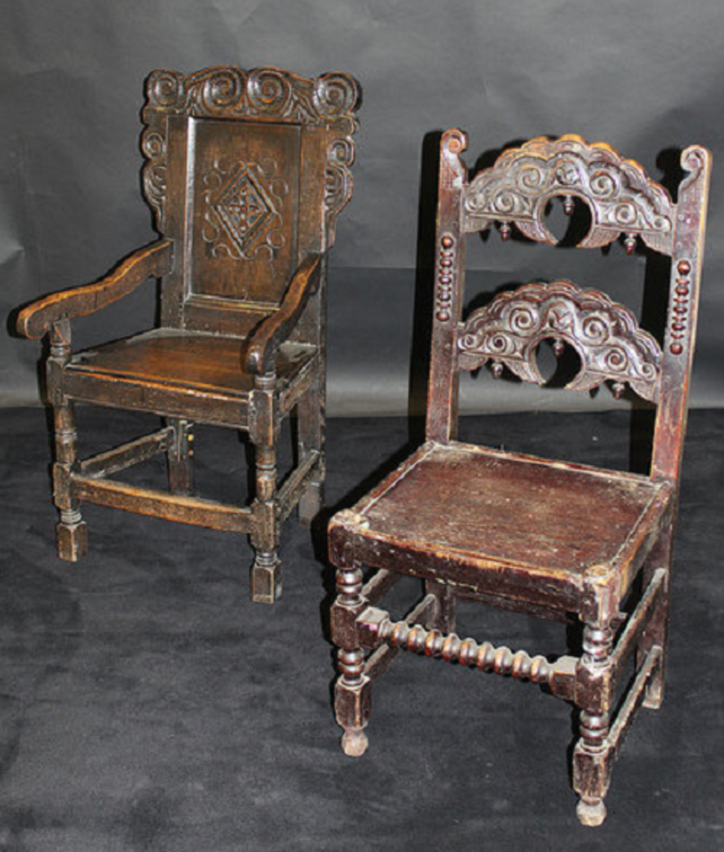 Wainscot chairs with elaborately carved wooden back. These 17th century American furniture comes with or without  arm supports