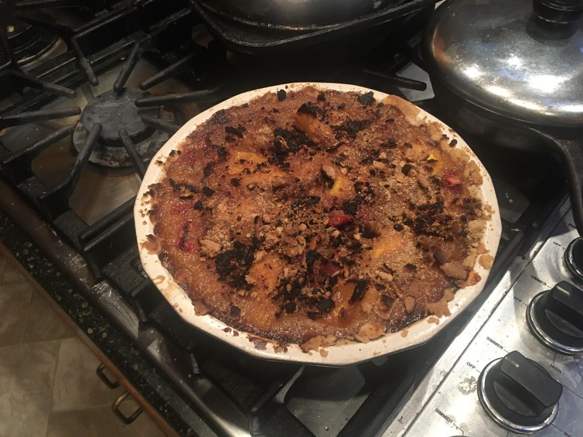 Vibrant Pineapple, Mango, and Strawberry Pie Recipe