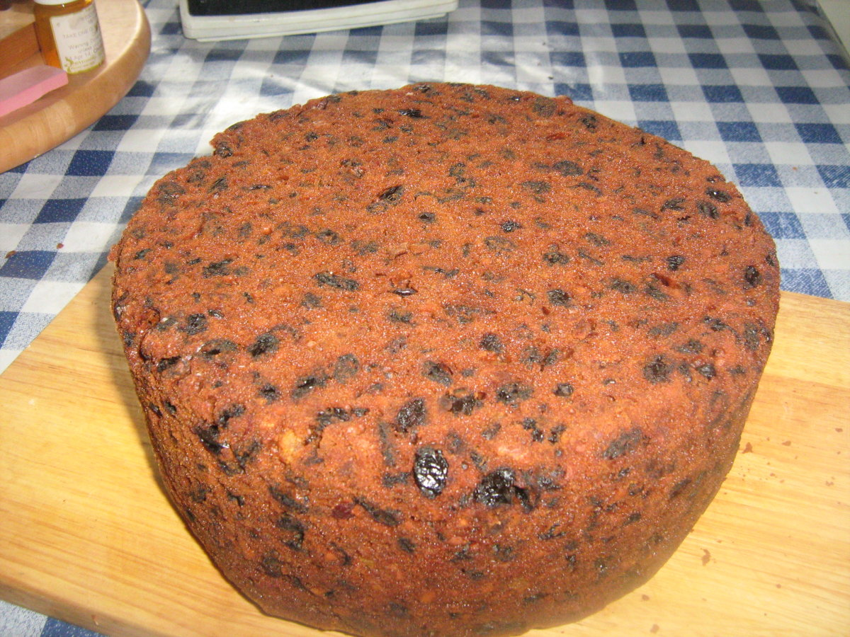 Recipe for Dundee Fruitcake From Scratch