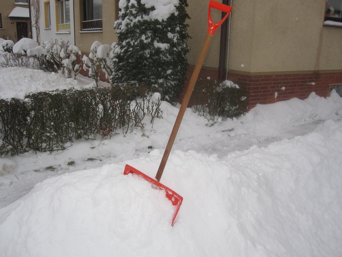 Stop shoveling snow with an underground snowmelt system