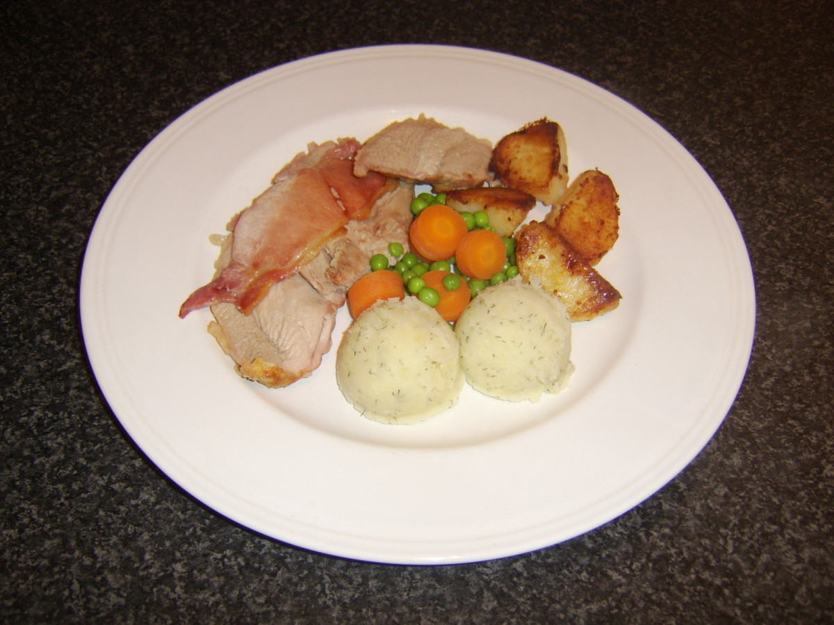 A traditional roast turkey Thanksgiving dinner prepared in a quantity to serve one person