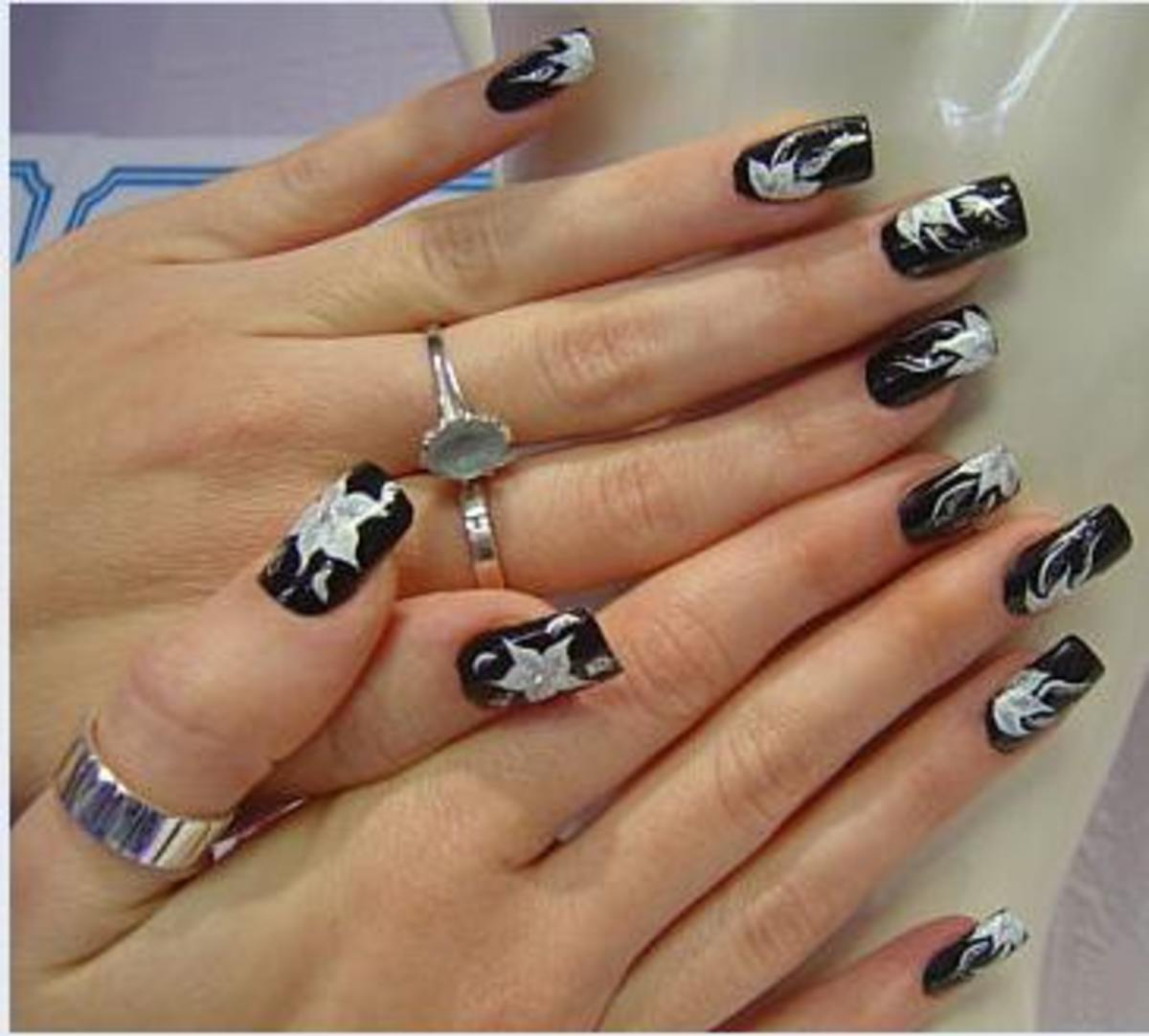 Get some ideas for decorating your nails at home, from glitter to stripes.