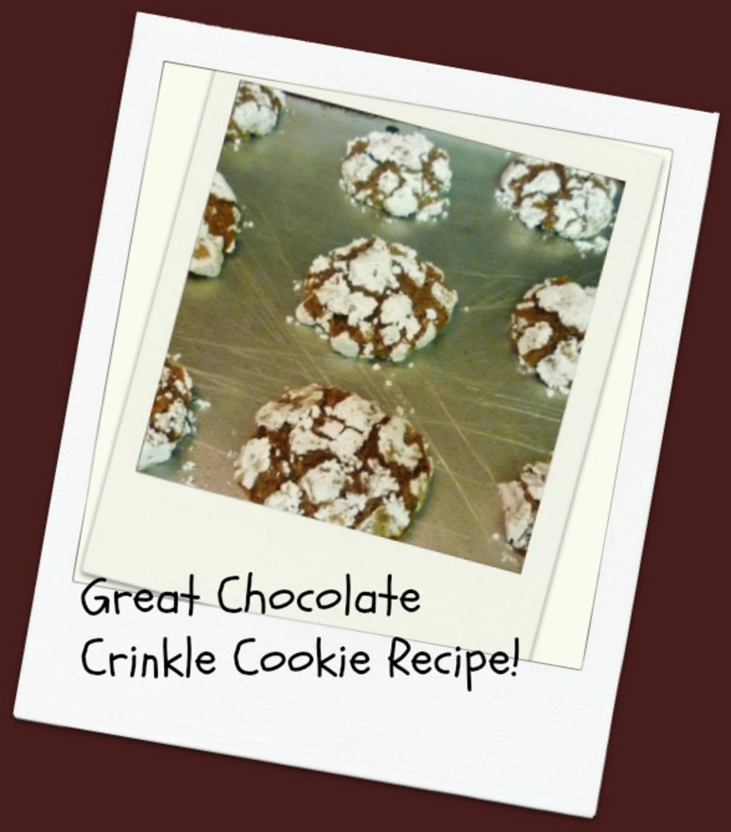 Photos + Instructions of Easy to Make Homemade Cookie Recipe ~ Chocolate Crinkles