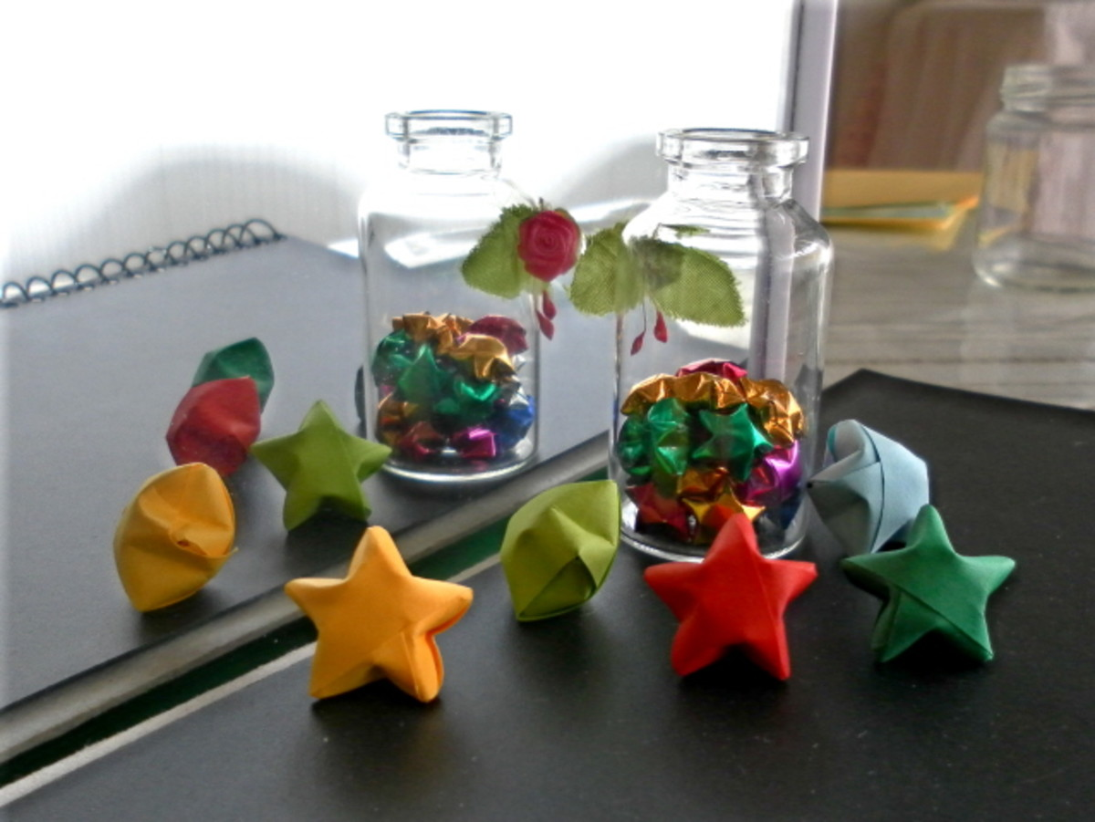 Paper Strip Folding - How To Make Origami Lucky Stars