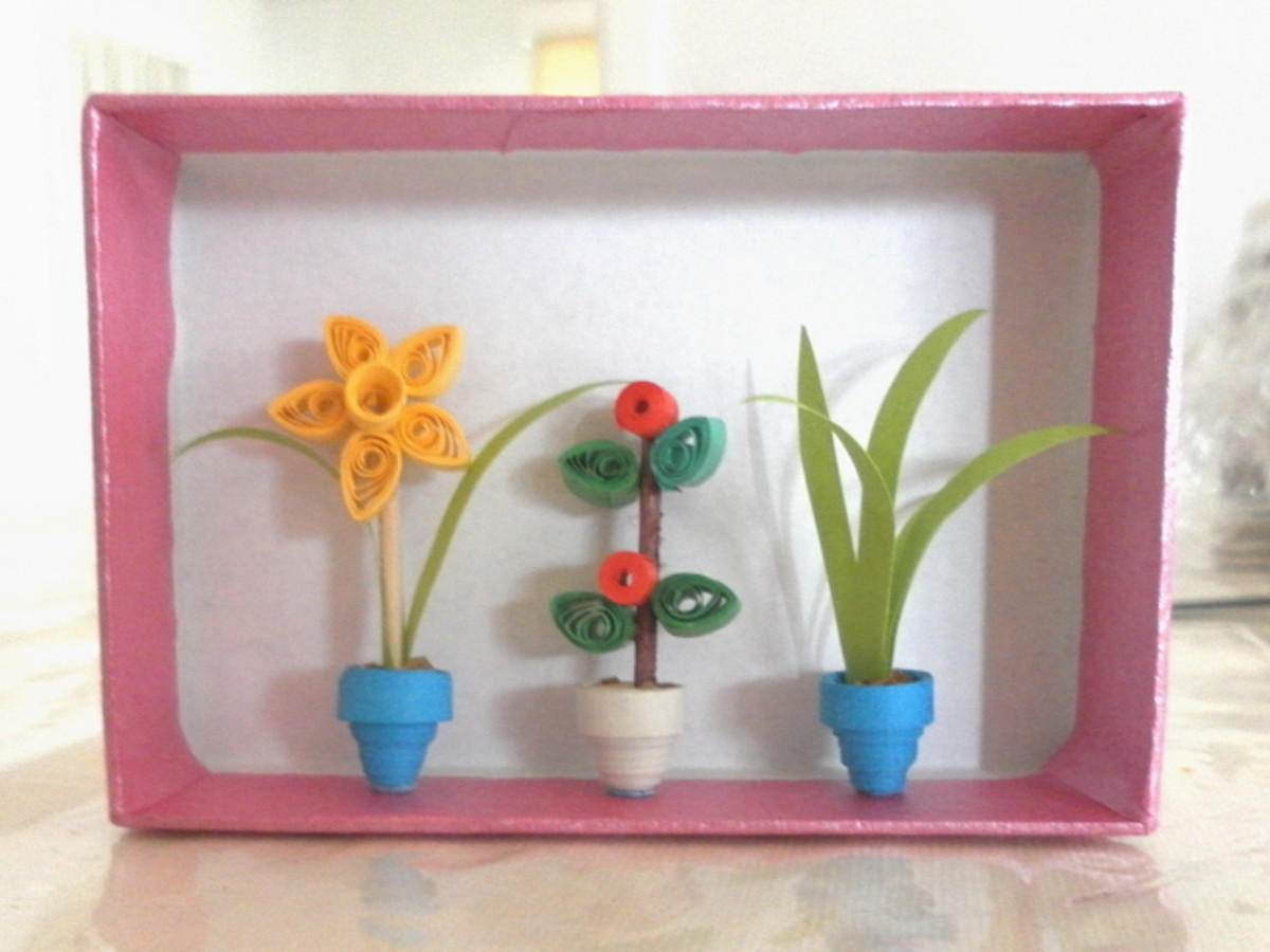 Paper Quilling - How To Make Miniature Flowers, Pots and Vases