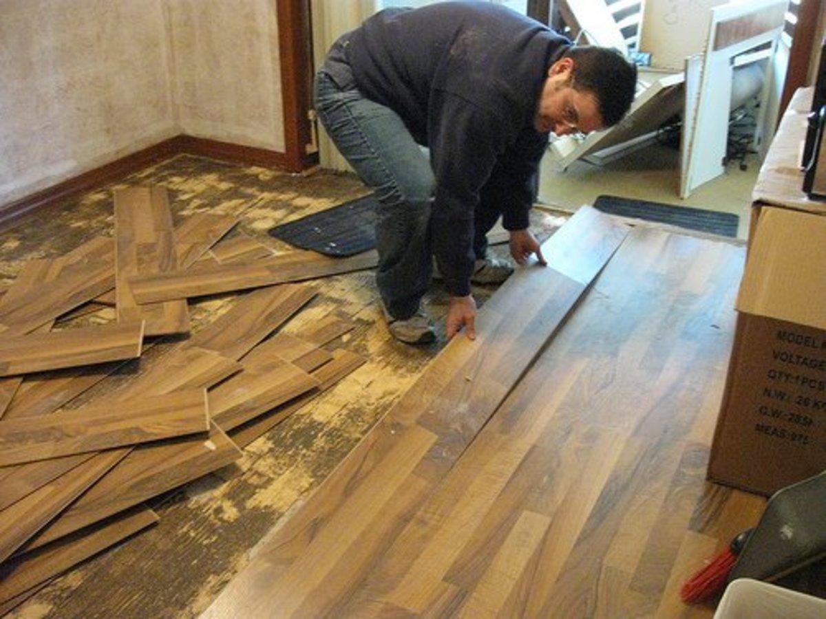 How to Remove Laminate Floor DIY