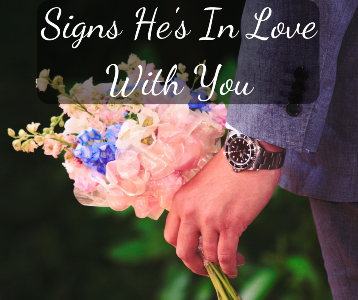 10 Signs He's in Love With You