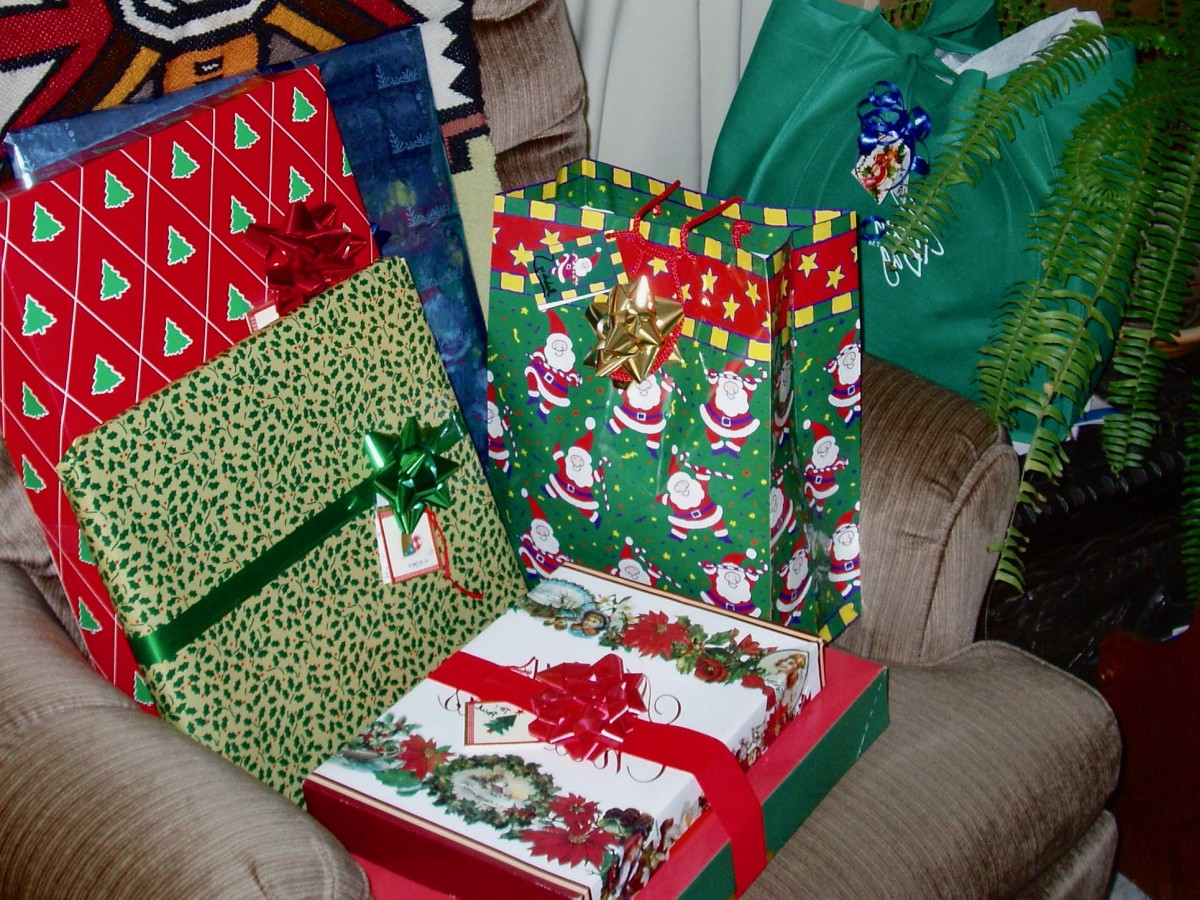Gifts come in all different qualities, shapes, and sizes. It's not that hard to buy earth-friendly gifts.