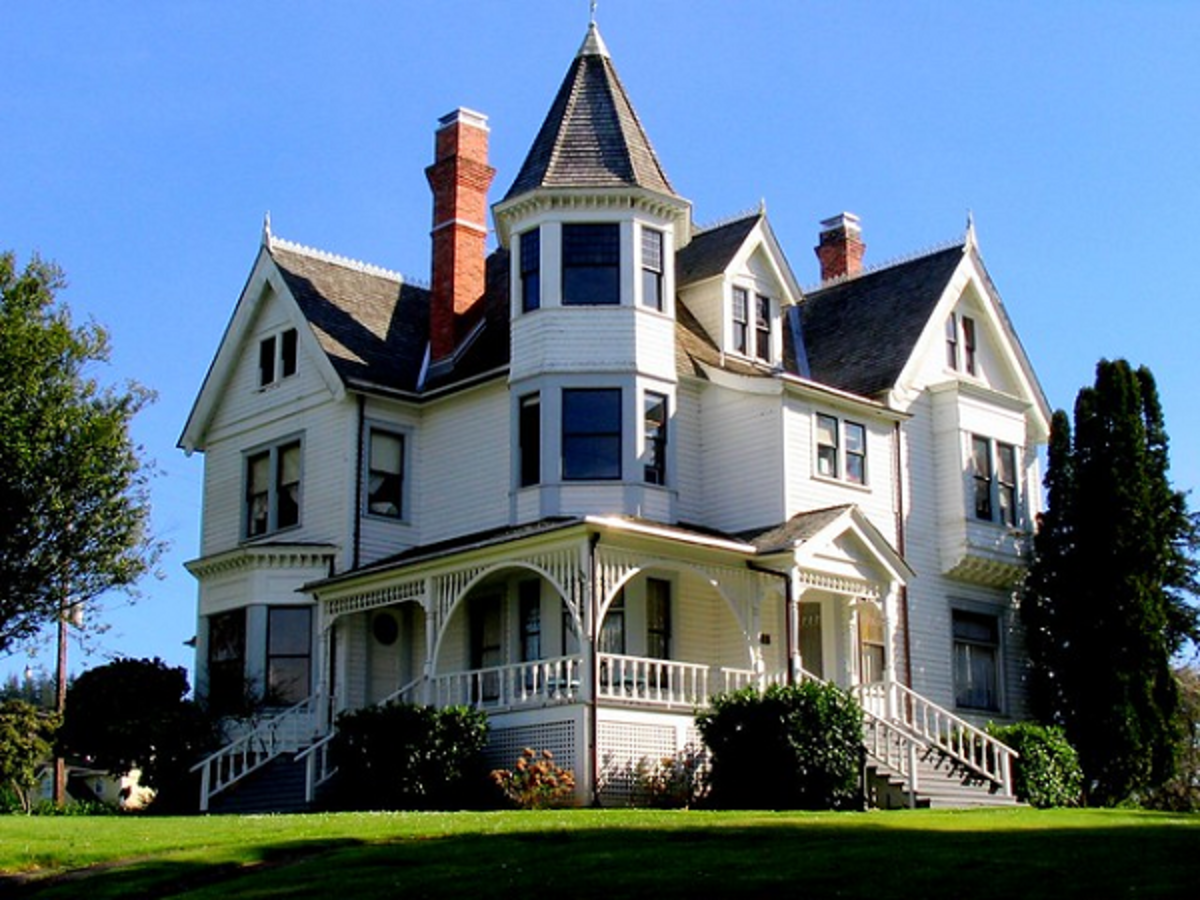 Architectural design of homes of the Victorian Period in America