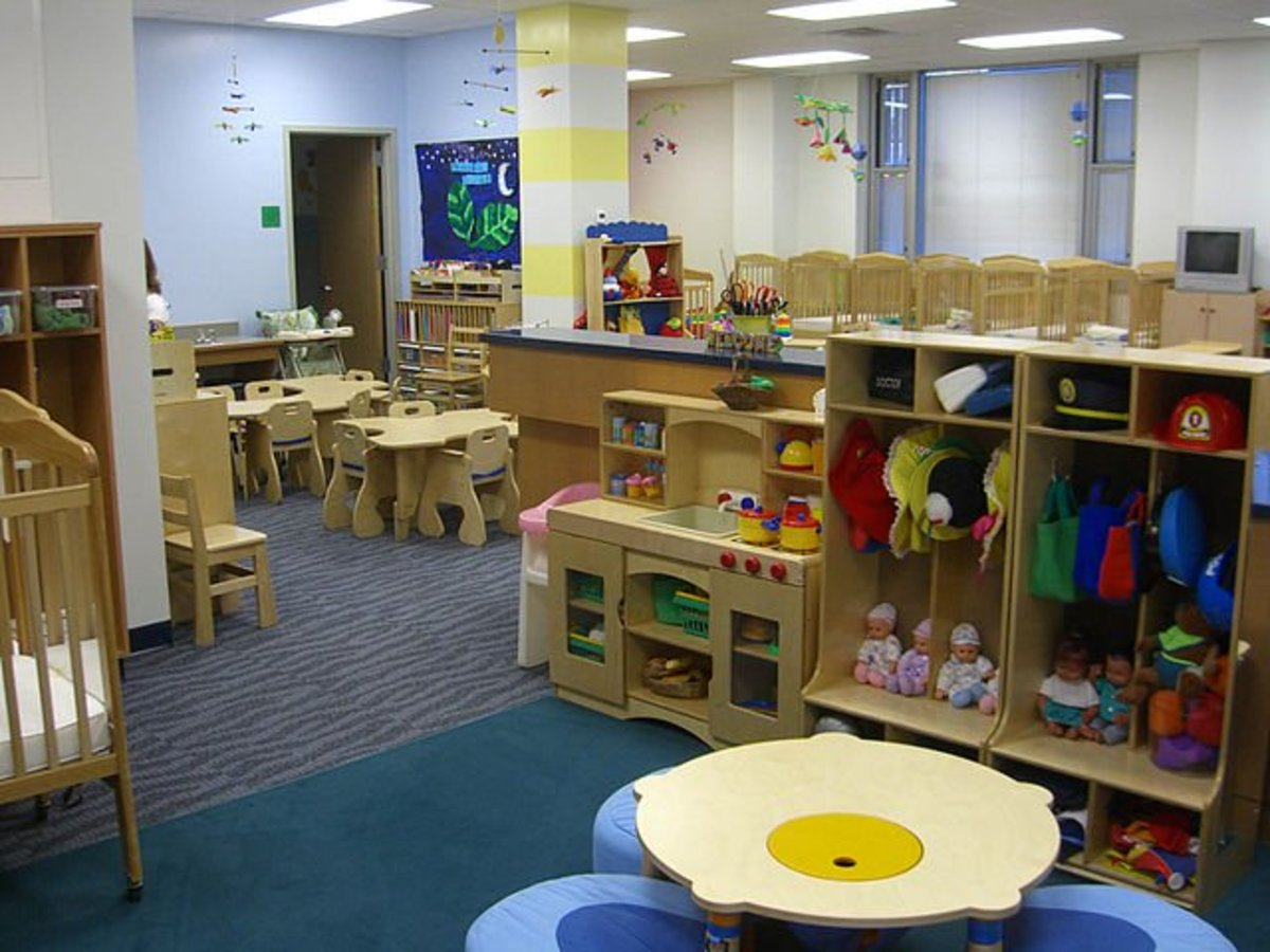 What to look for in choosing your child 39 s day care center for Preschool bathroom ideas