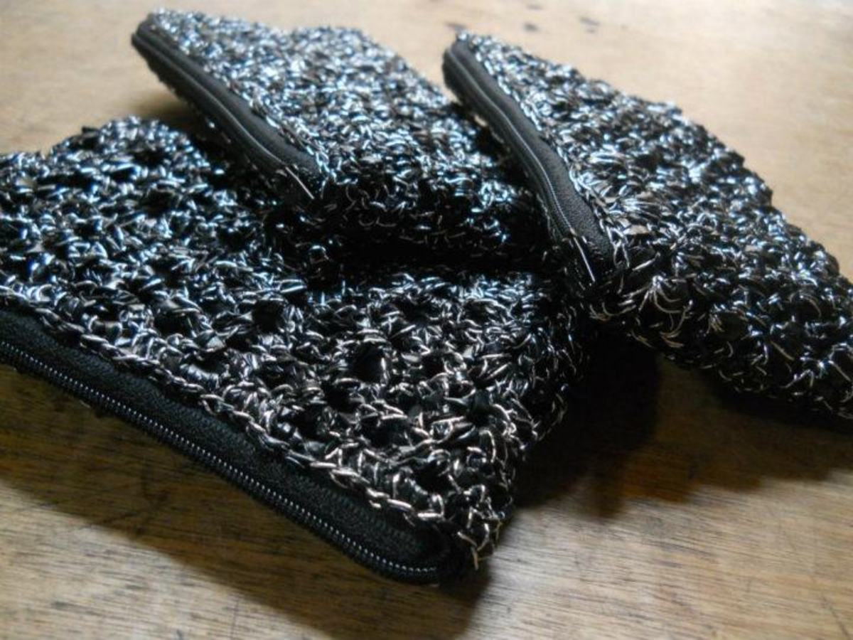 Crochet a Lacy Scallops and Arcade Pouch With Two Free Patterns