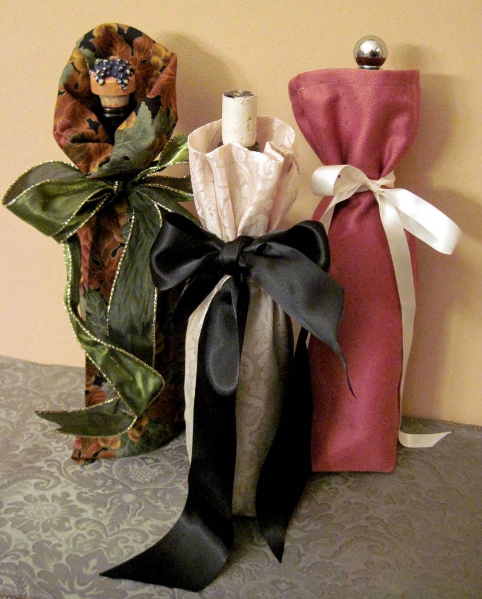 How to Make Fabric Gift Bags:Holiday Gift Idea for Wine, Cider, Oils...