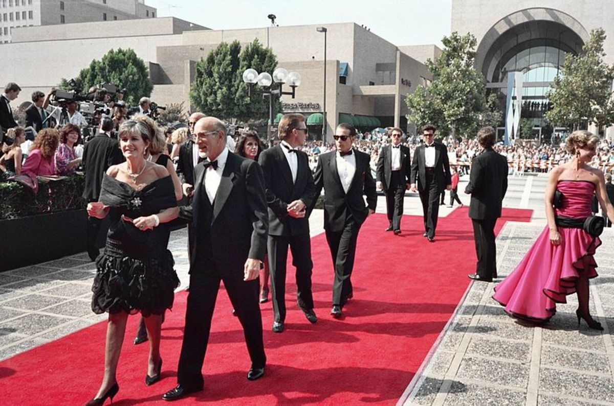 The red carpet scene from the 1988 Emmys. One of the most glamorous parts of being a celebrity, for sure.