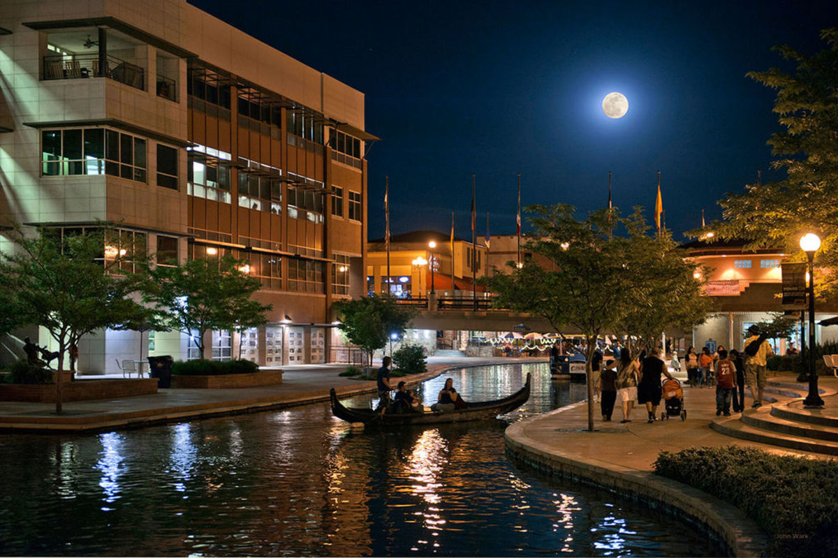Pueblo Downtown Riverwalk Historic and Business District at night.