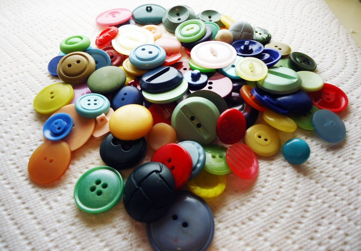 Vintage Button Guide - Ways to Identify Antique Buttons