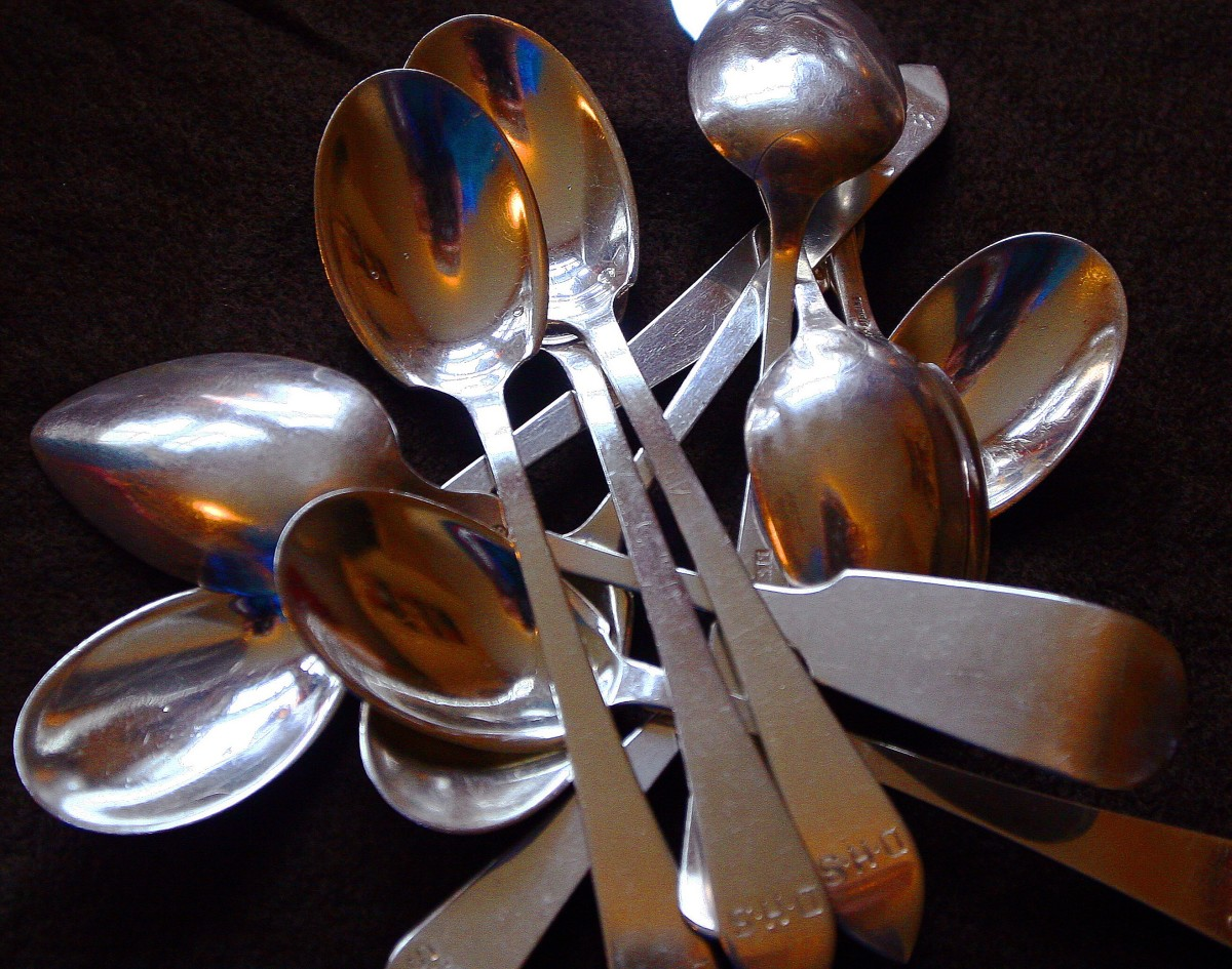 For some people, this is a photo of cutlery. For others, it shows a musical instrument.