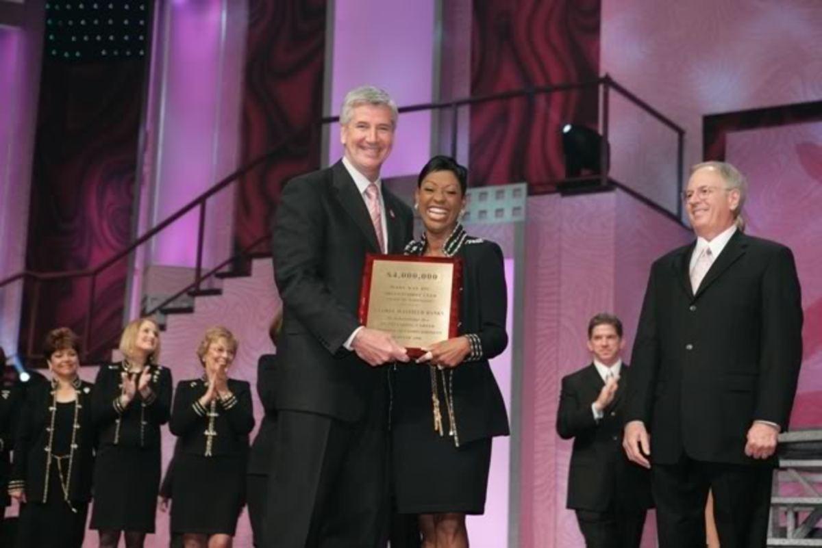 Famous Black Female Entrepreneur - Gloria Mayfield Banks