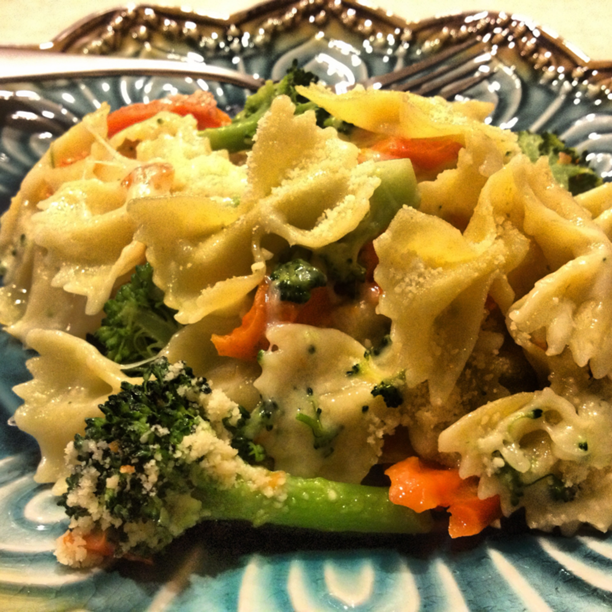Quick Healthy Pasta Recipes - Four Cheese Pasta with Veggies
