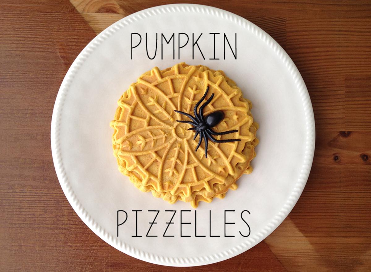 Pumpkin Spice Pizzelle Cookie Recipe for Halloween