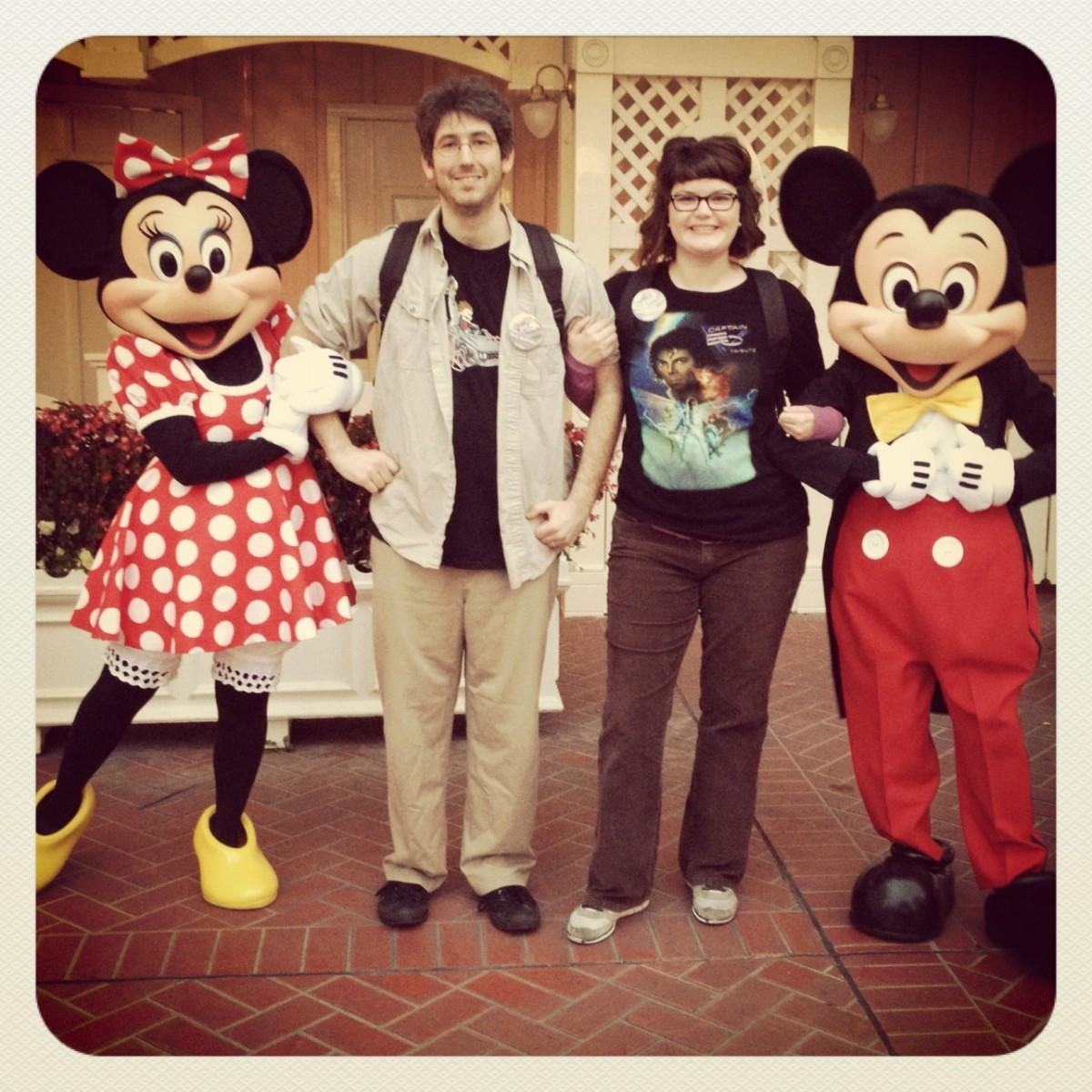 A Disneyland (or Disney World) Honeymoon: Perks for Bride & Groom