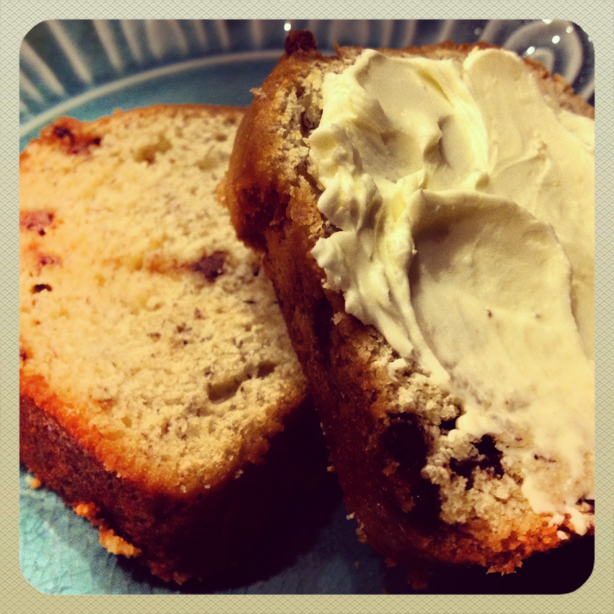 Classic Banana Bread with Chocolate Chips