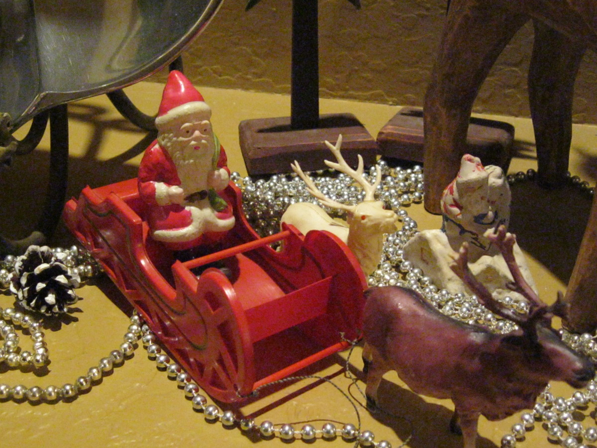 This vintage celluloid Santa, sleigh and reindeer are from the 1930s.  It is rare to find a matched set this old.