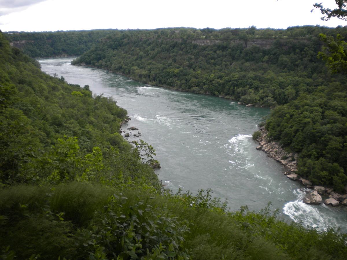 The Niagara Gorge in summertime.